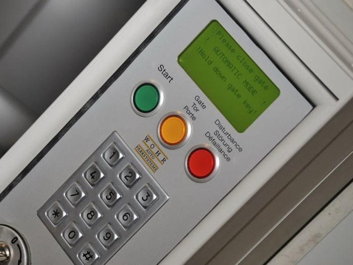 Combilift 543 - dettaglio pulsantiera