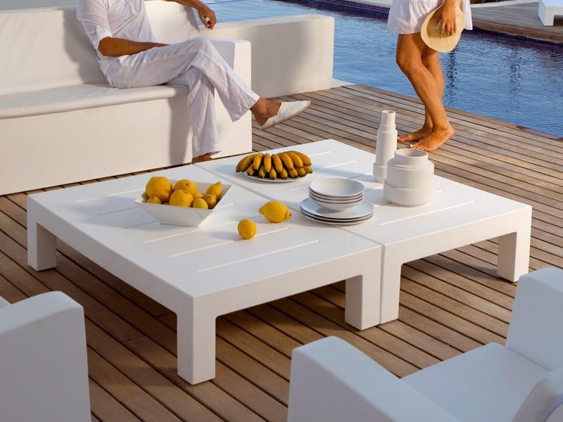 Low resin garden side table JUT | Rectangular garden side table by VONDOM
