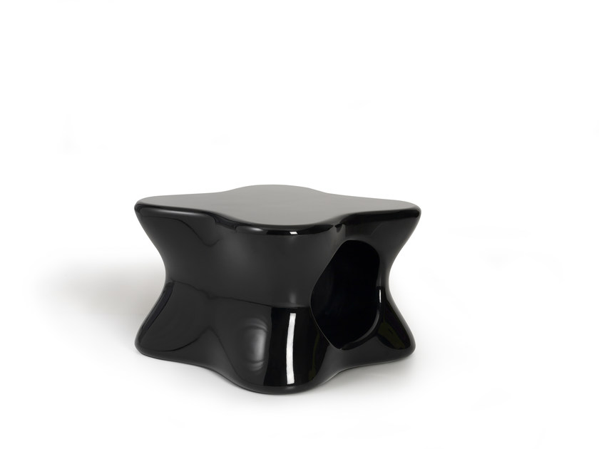 Garden side table DOUX | Garden side table by VONDOM