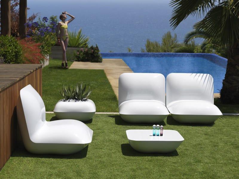 Pillow poltrona da giardino by vondom design stefano giovannoni