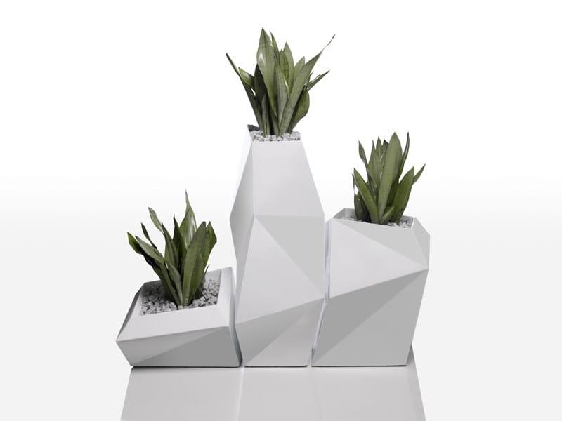 FAZ   Vaso da giardino