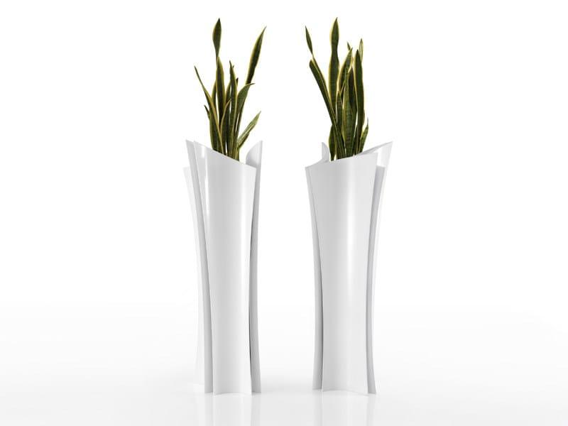 High garden vase with Light ALMA by VONDOM