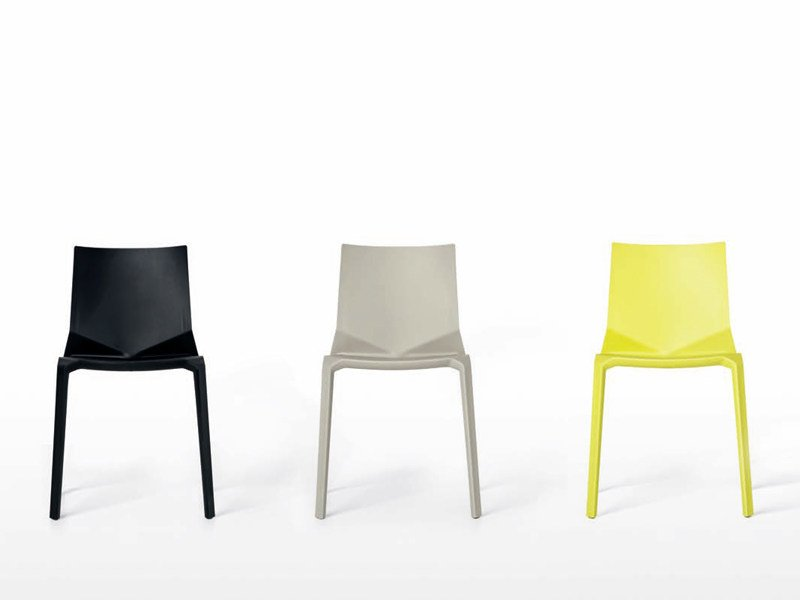 Stackable chair PLANA by Kristalia