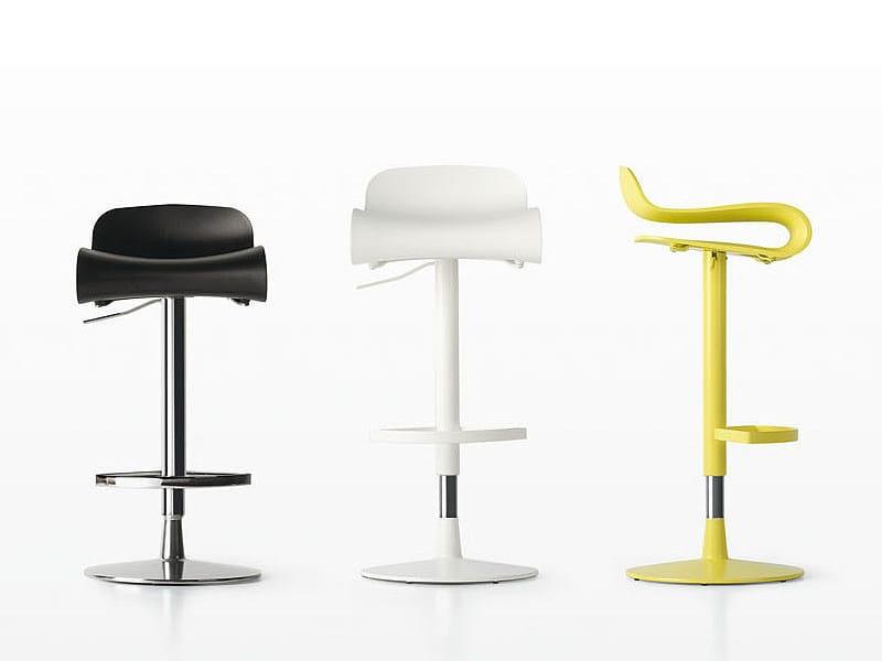 Height-adjustable swivel stool BCN | Swivel stool by Kristalia