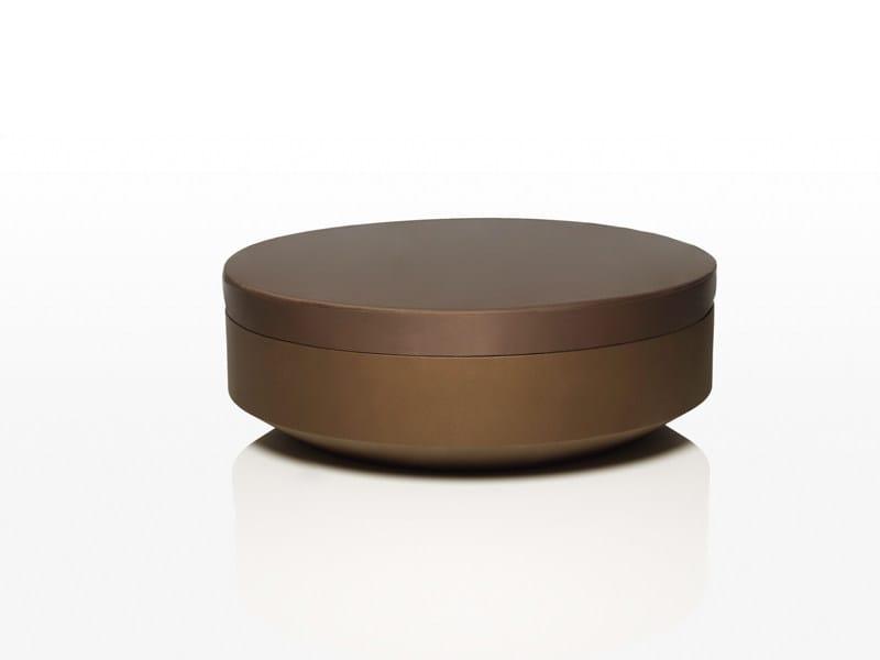 Round polyethylene garden side table VELA | Round garden side table by VONDOM