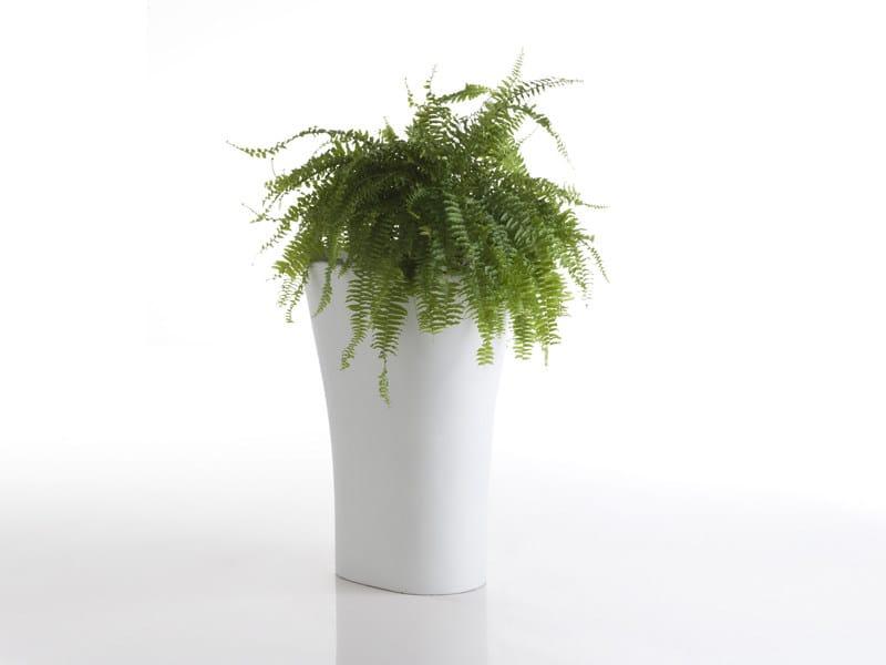 Resin garden vase BONES 55 by VONDOM