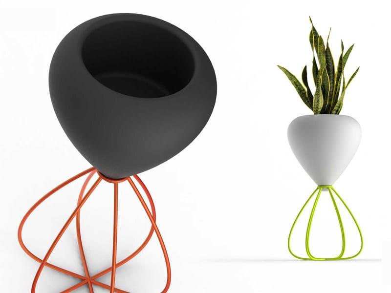 Garden vase SPAGHETTI by VONDOM