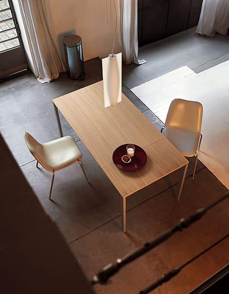 Extending wood veneer table EASY | Wood veneer table by Kristalia