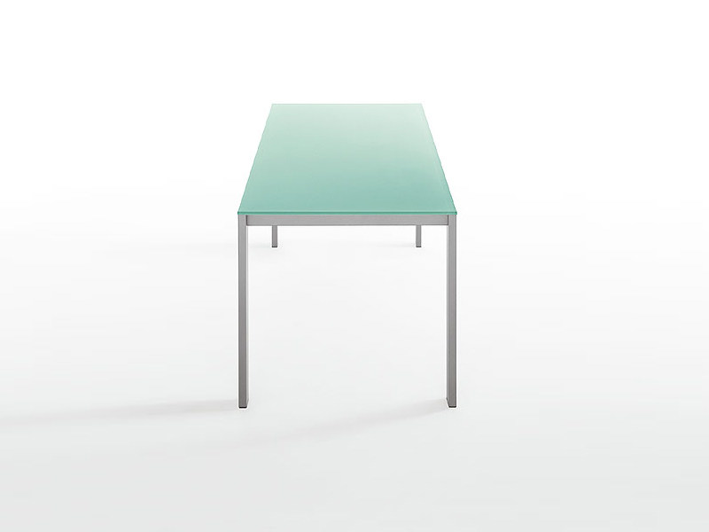 Extending glass table EASY | Glass table by Kristalia