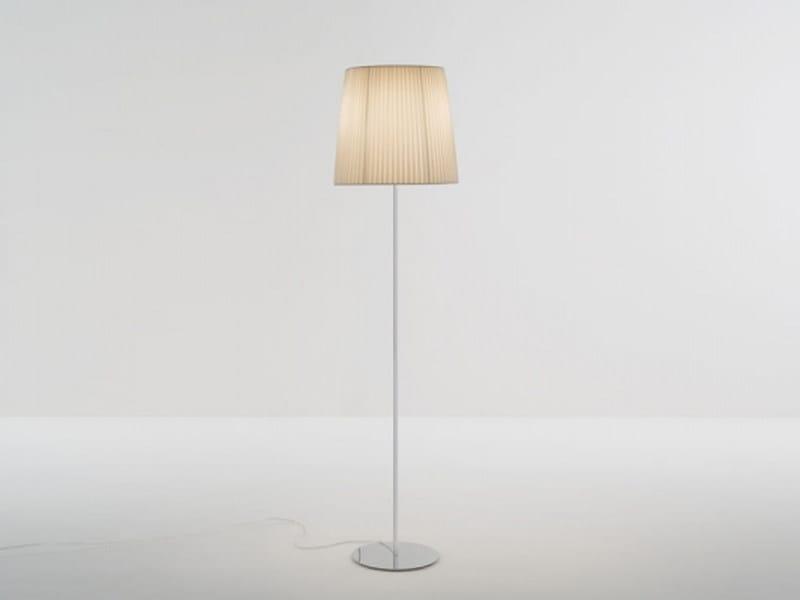 Fabric floor lamp NURA | Floor lamp by Lucente