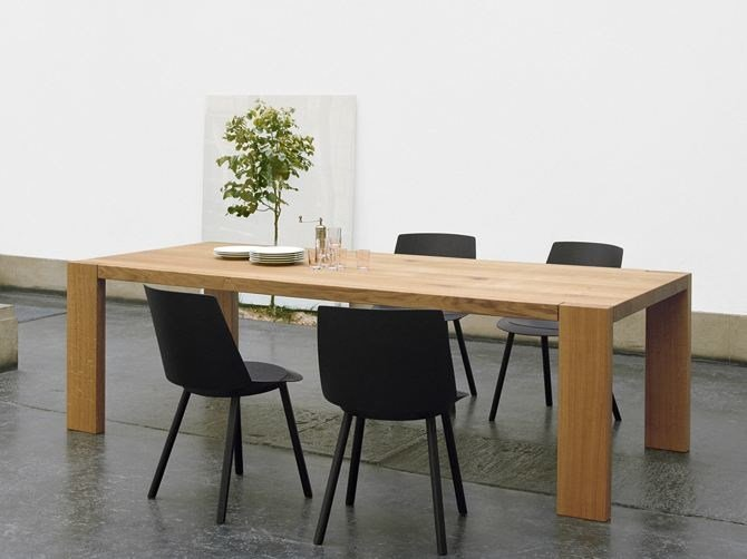 Rectangular solid wood table LONDON by e15