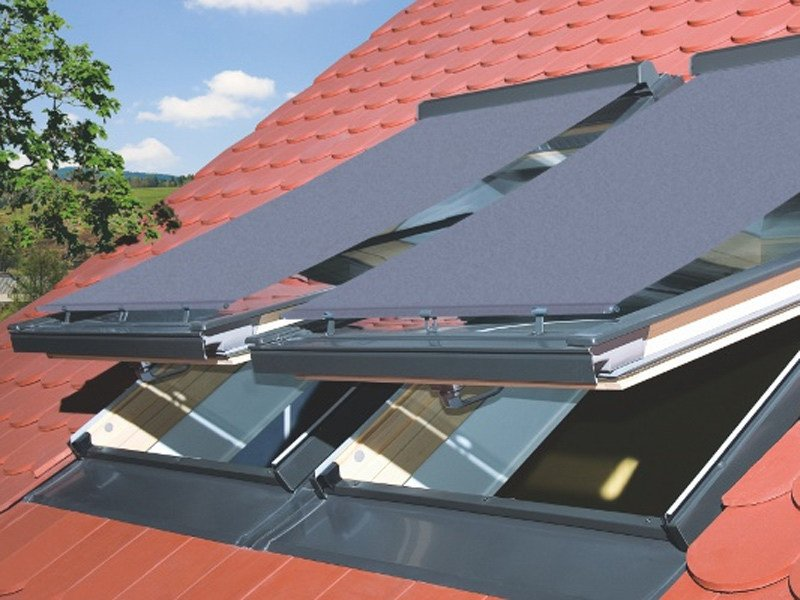 Outdoor skylight shade AMZ | Skylight shade by FAKRO
