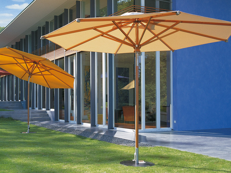 Adjustable wooden Garden umbrella WOODLINE by FISCHER MÖBEL