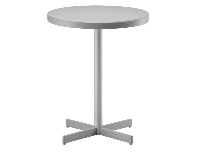 Round table with 4-star base PLASTIC-X by PEDRALI