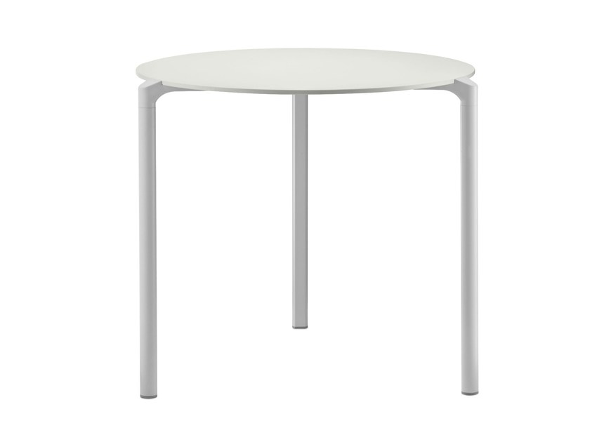 Stackable round table JUMP | Round table by PEDRALI