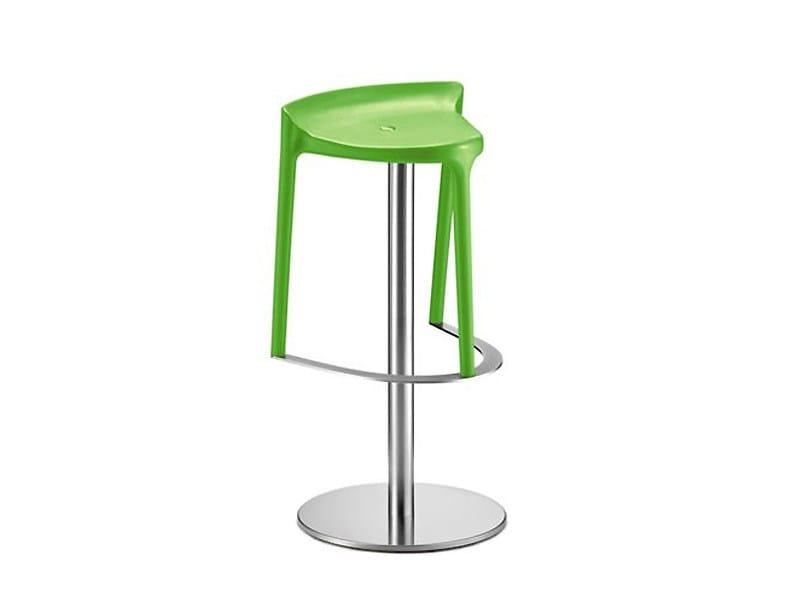 Swivel garden stool HAPPY   Swivel stool by PEDRALI