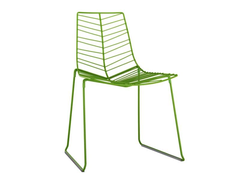 Sled base steel garden chair LEAF | Stackable garden chair by arper