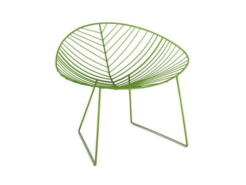 Sled base garden steel easy chair LEAF | Easy chair by arper