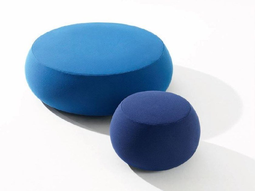 Upholstered pouf PIX by arper