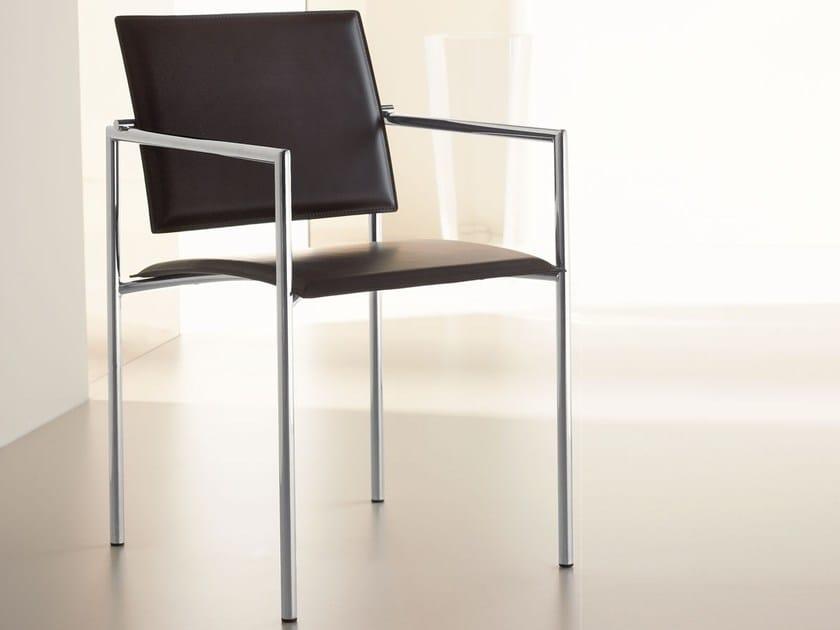 Sedia in cuoio con braccioli CHIARA By Italy Dream Design