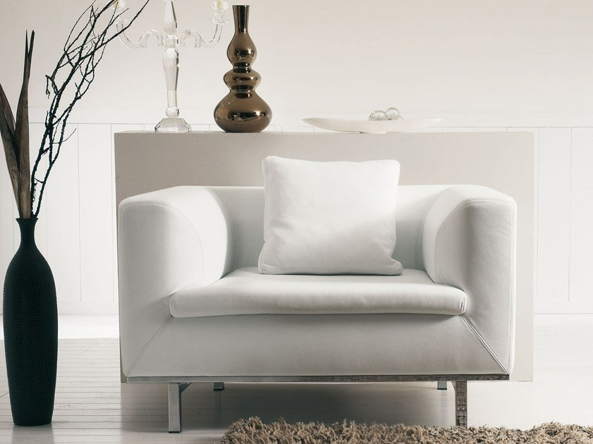 Upholstered leather armchair SAMAR by Italy Dream Design