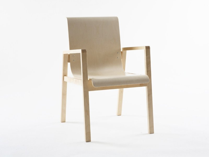 Wooden chair with armrests 403 | Birch chair by Artek