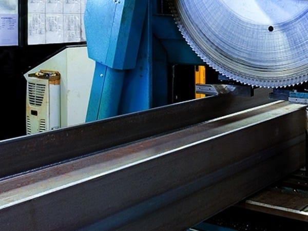 Trave, pilastro e profilato metallico strutturale Travi laminate prelavorate by MANNI SIPRE