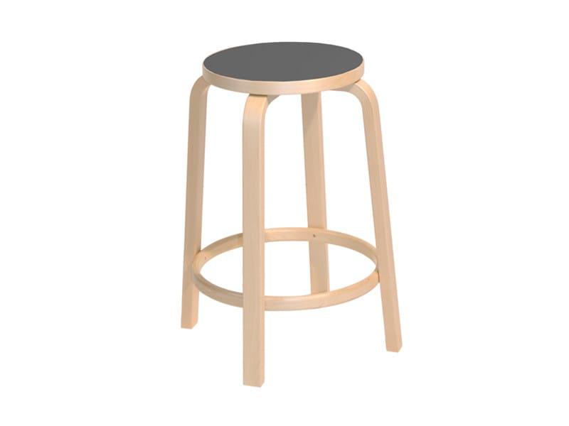 High stackable wooden stool 64 | Stackable stool by Artek