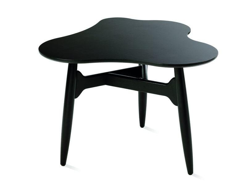 Wooden coffee table TEE-TEE by Artek