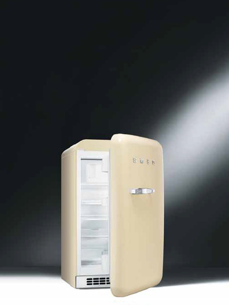 50s style mini fridge fab10rp mini fridge by smeg