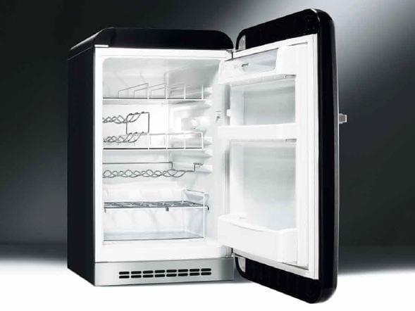 Smeg Kühlschrank Mini : Fab hrne mini kühlschrank by smeg