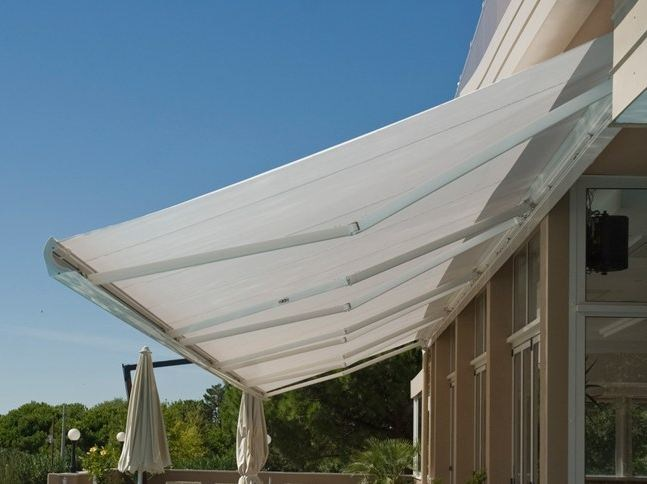 Box Folding arm awning ASTRA by KE Outdoor Design