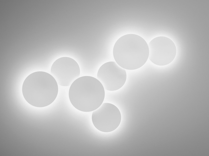 Blown glass wall lamp PUCK WALL ART by Vibia