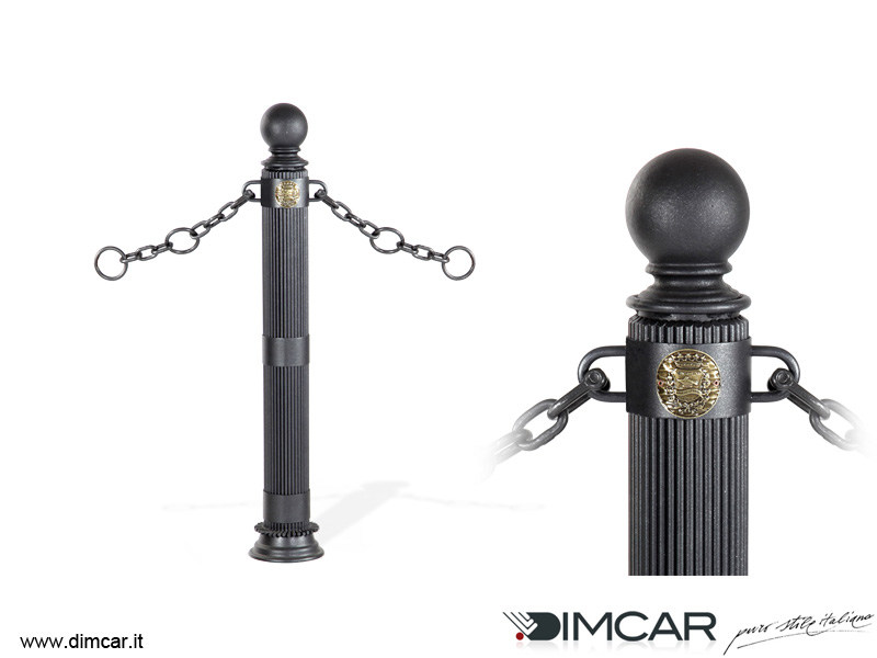 Fixed metal bollard post with chains Dissuasore Doria con anelli by DIMCAR
