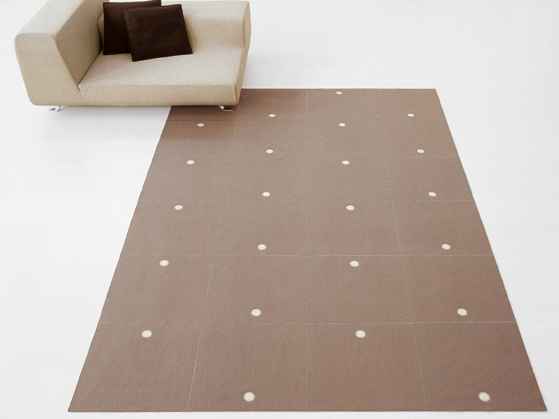 Felt rug with geometric shapes RING by paola lenti