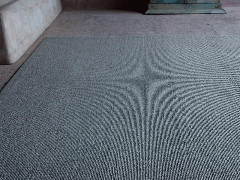 Solid-Color outdoor rug COCOS by paola lenti