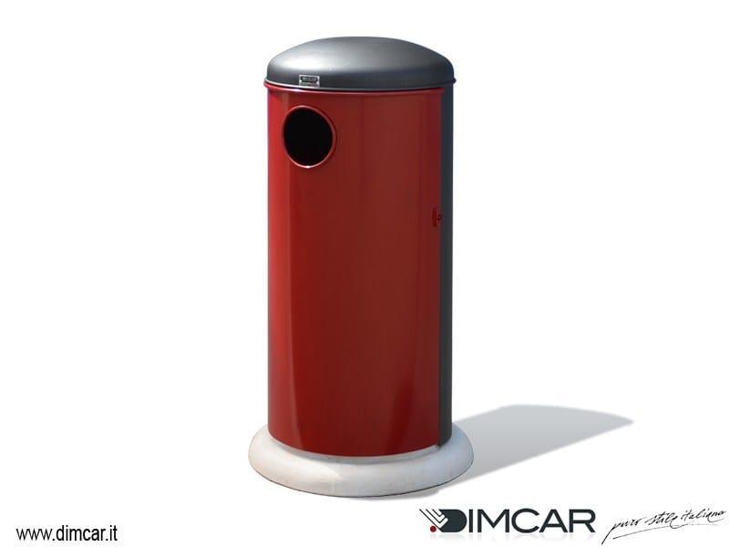 Outdoor metal litter bin with lid Oblò by DIMCAR