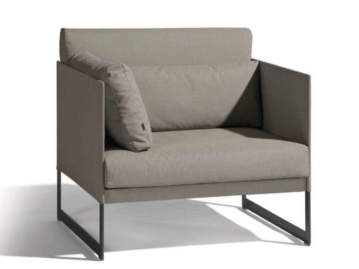 Sled base garden armchair SQUAT | Garden armchair by MANUTTI