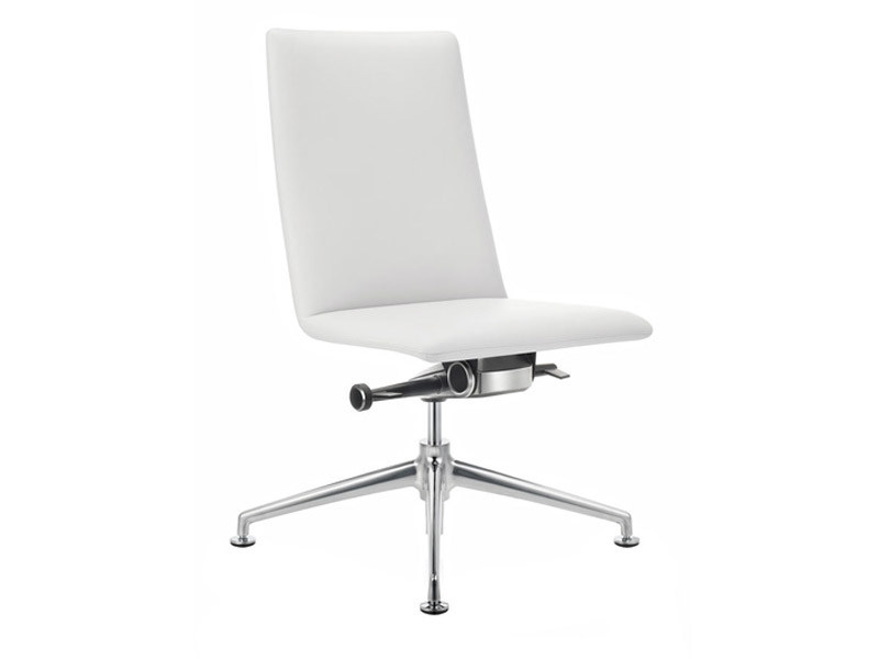 Task chair with 4-Spoke base FINASOFT | Task chair with 4-Spoke base by Brunner