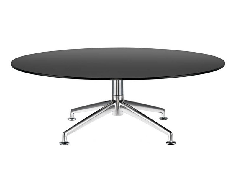 Round table with 4-star base FINA   Table by Brunner