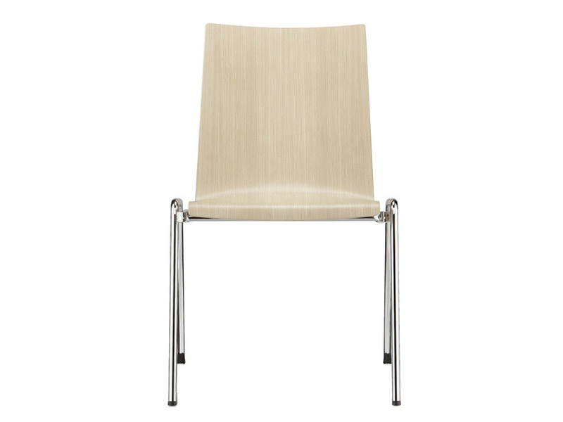 Stackable wood veneer training chair FIRST PLACE | Training chair by Brunner