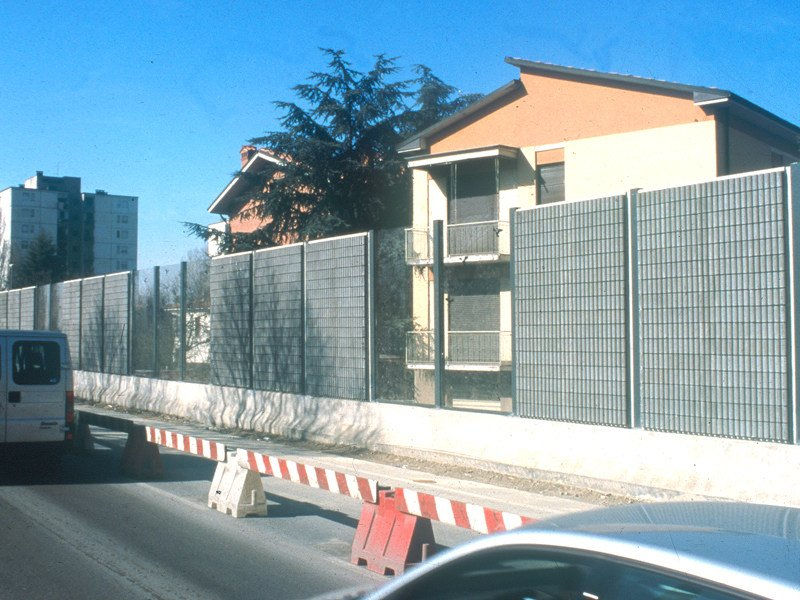 Anti-noise road barrier Pannello acustico a 'canne d'organo' by Edil Leca Infrastrutture