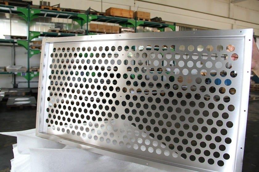 Metalworking CMM Satinatura e Sbavatura acciaio inox by CMM