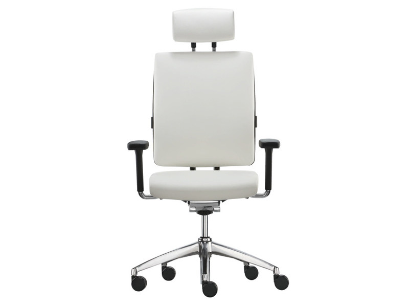 Task chair with 5-Spoke base with armrests TOO | Task chair with armrests by Brunner