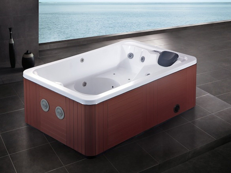 Hydromassage hot tub for chromotherapy 3-seats BL-807 | Hot tub 3-seats by Beauty Luxury