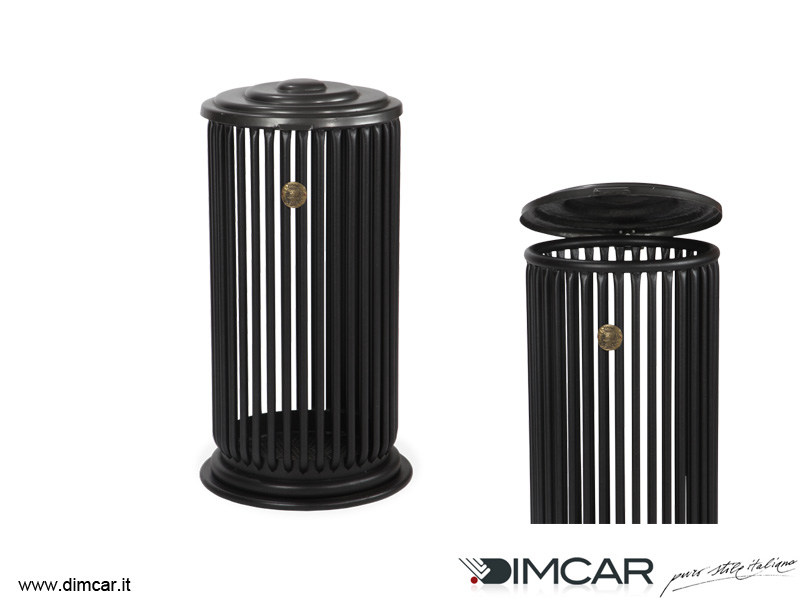 Outdoor metal litter bin with lid Cestone Liberty by DIMCAR