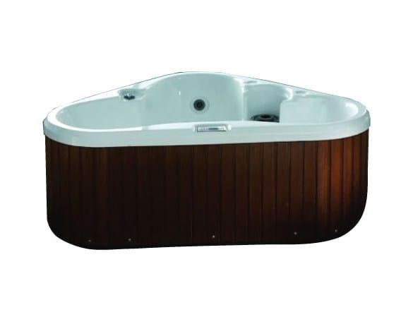 Whirlpool triangular bathtub BL-529 | Whirlpool bathtub by Beauty Luxury