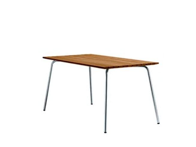 Wooden garden table S1040 | Garden table by THONET