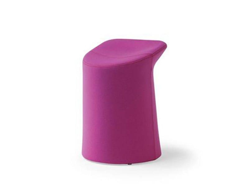 Pouf en tissu LILLA by Artifort