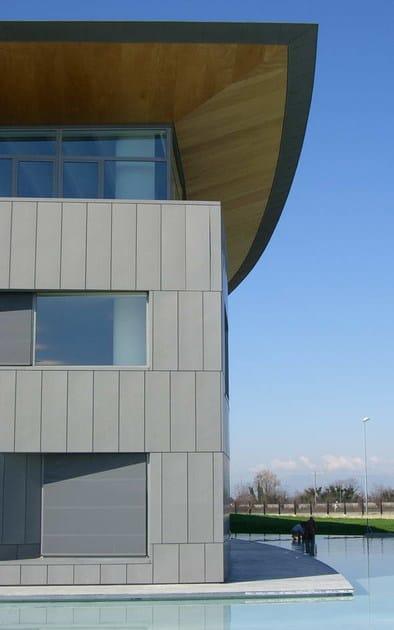 Zinco titanio VMZINC® Sede Nice Spa Oderzo (Tv) -  Studio Architects Carlo Dal Bo - Finitura: Quartz-Zinc Plus® e Quartz-Zinc® - Tecnica: Copertura Compact (Quartz Zinc Plus ® + Foamglas®) e Facciata Cassette